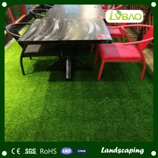 Green Color Synthetic Turf Durable UV-Resistance Commercial Strong Yarn School Comfortable Fake Artificial Turf